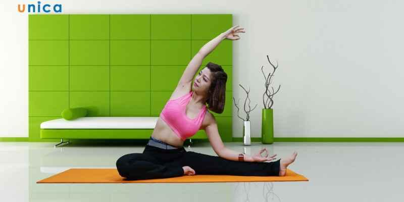 Yoga giảm eo giữ dáng
